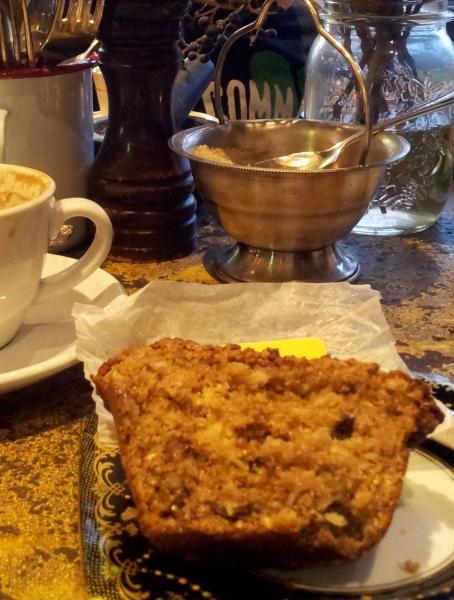 foxtrot cafe June 2014 muffin2